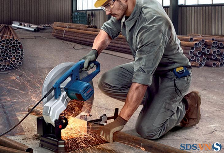 máy cắt sắt GCO 220 động cơ cắt mạnh mẽ
