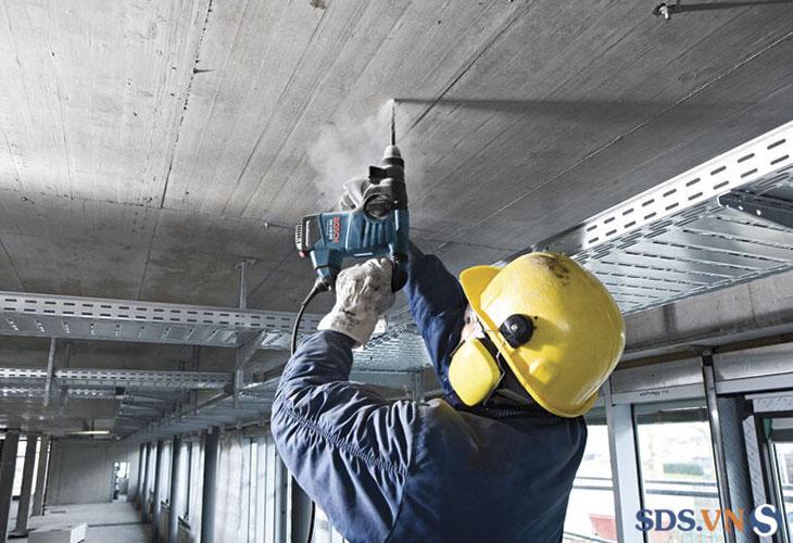 Máy khoan búa GBH 3-28 DRE Professional bền bỉ, mạnh mẽ